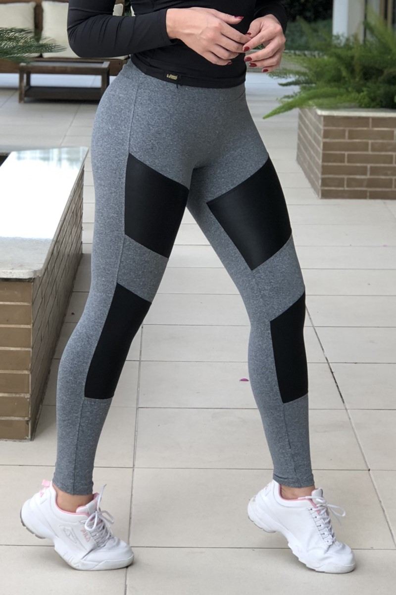 Legging Recorte Frontal